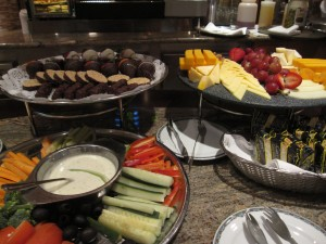 Complimentary hors d'oeuvres in the Diamond Members lounge.